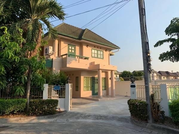 ขายบ้านเดี่ยว 2 ชั้น หมู่บ้านเนเบอร์โฮม วัชรพล 64 ตร.ว. 3 ห้องอนอน สภาพใหม่ พร้อมเข้าอยู่ได้ทันที โทร 0639594565